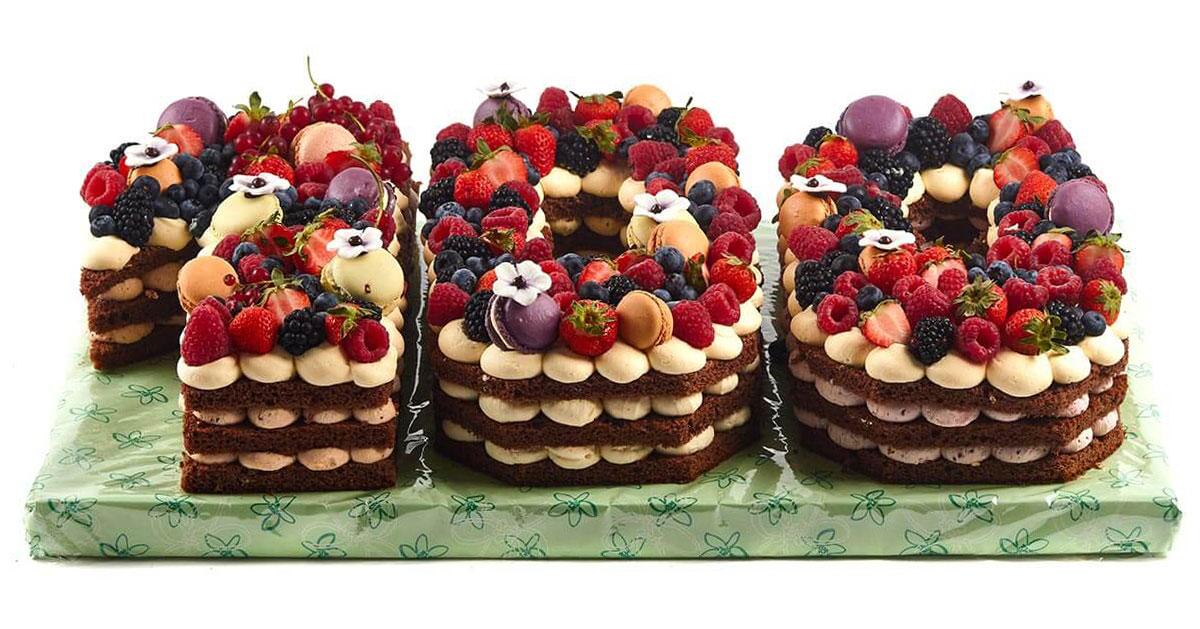 """Geburtstagstorte """"Zahl / Naked Cake"""""""